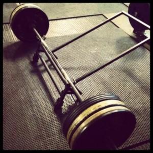 deadlift powerlifer bodybuilder